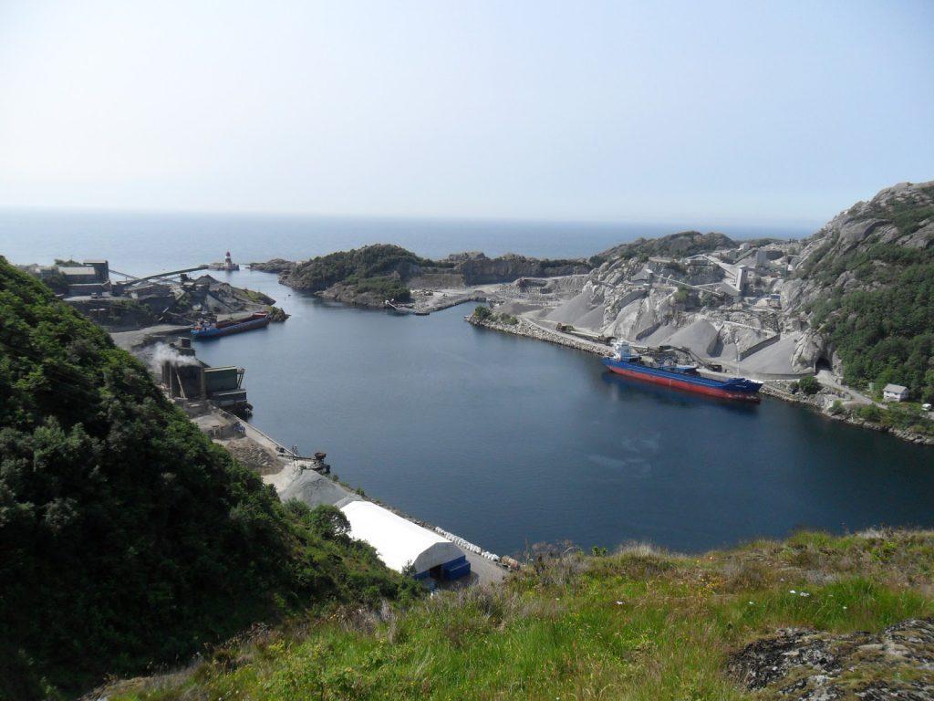 """""""Vakkert"""" innløp til fjorden"""