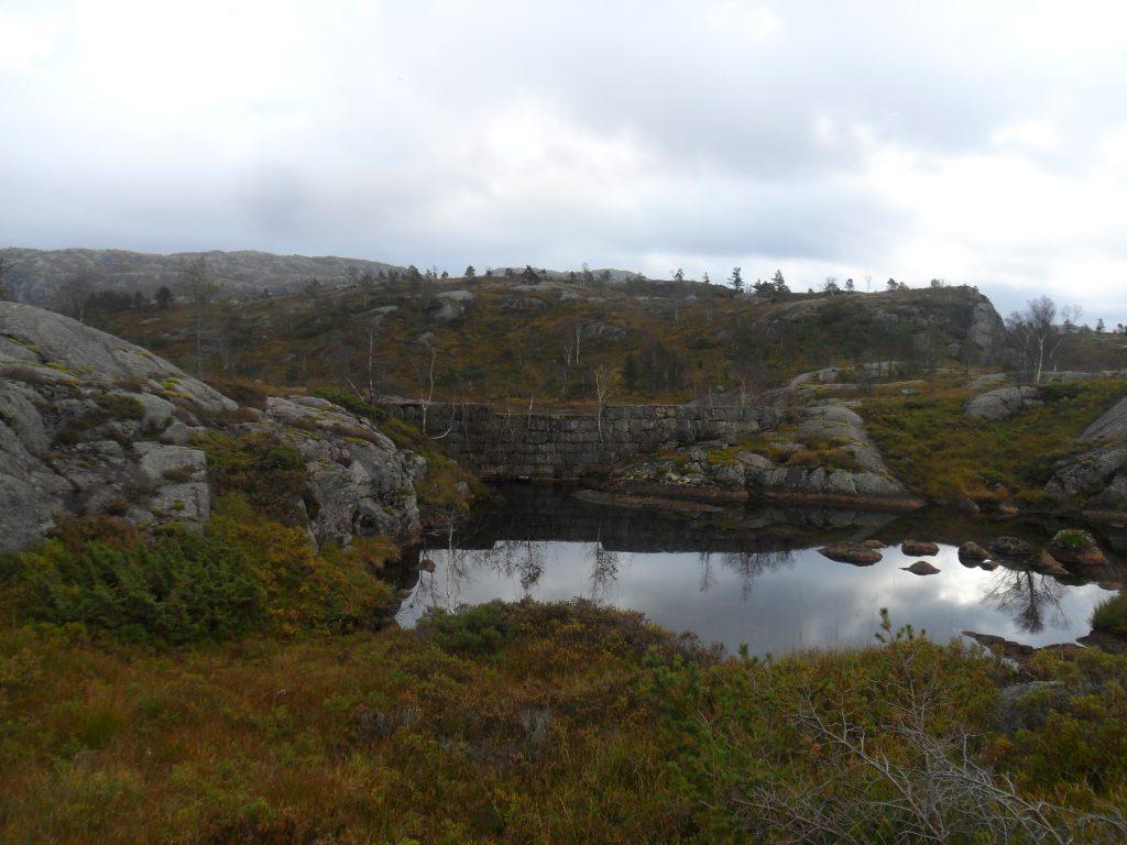 Stemmen ved utløpet av Linborgvatnet
